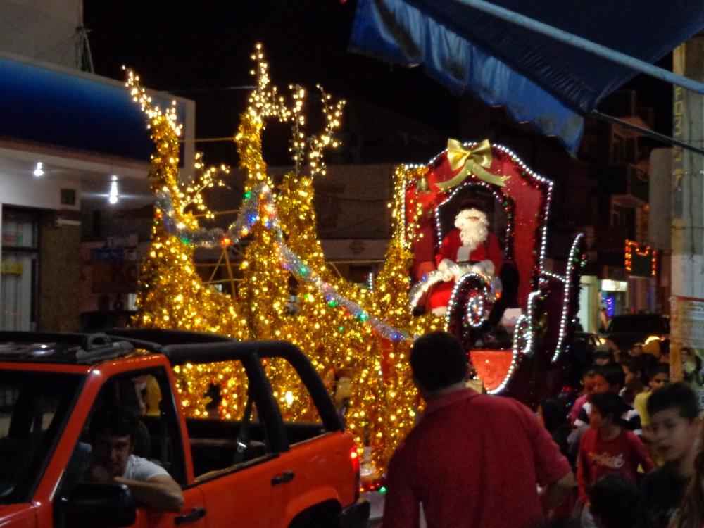 Navidad 2013: Paz en la tierra a los hombres de buena voluntad. (4/4)