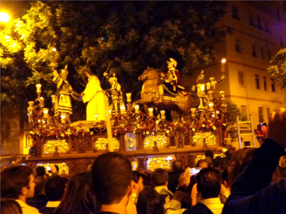 Semana Santa en Sevilla ¿Qué es un Paso? (2/6)